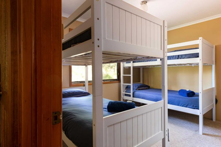 Bunk beds in Semillon Cottage | Hunter Hideaway Cottages - Hunter Valley